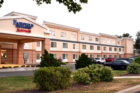 Fairfield Inn & Suites By Marriott Hartford Airport